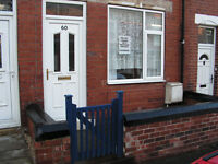 Castleford - Briggs Avenue- 2 bed house to rent. New decor and carpets. £475pcm. Sorry no DSS