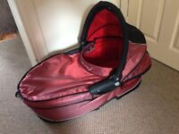 Quinny carry cot and toddler seat