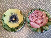 2 Pretty Decorative Flower Plates