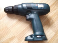 12 V BLACK&DECKER drill/screwdriver (Body only)