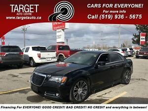 2012 Chrysler 300 300S Fully Loaded; Leather, Roof, Navi and Mor