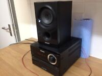 Philips Stereo BTM1360 Bluetooth edition Bit rough round the egdes 1 speaker only