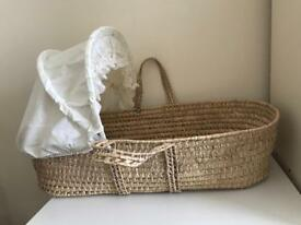 Baby moses basket with stand and fitted sheets