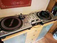 Technics 1200 mk2 x2 swap for set of pioneer cdj1000s of same value