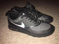 Women's Nike Thea trainers uk 5