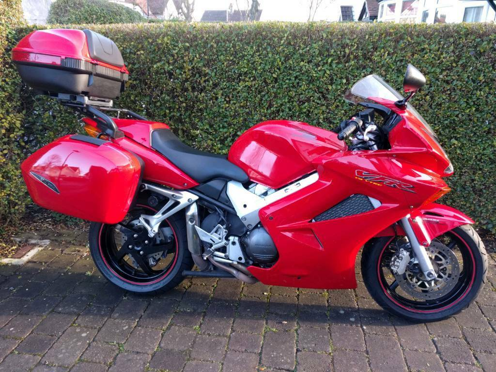 honda vfr 800 2004 abs 28k miles honda service touring luggage in hull east yorkshire. Black Bedroom Furniture Sets. Home Design Ideas