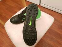 Mens size 12 Nike astro football boots