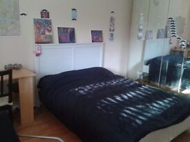 Very Spacious double room (23sqm) in Brixton Hill