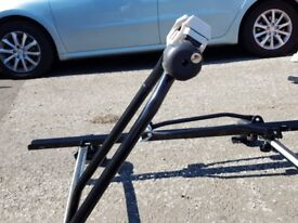 Peugeot 508 roof rack with 2 bike stand
