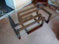 Glass table,maze effect
