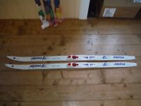 Child's cross country skis 130cm