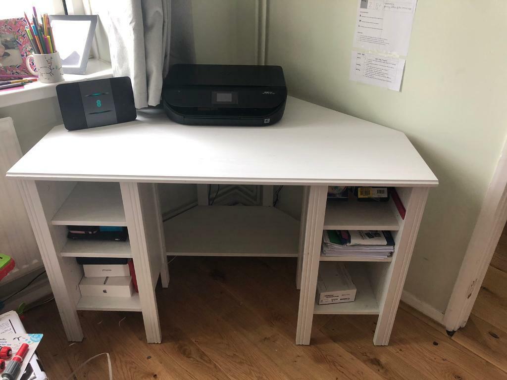 Prime Ikea White Corner Desk In Banbury Oxfordshire Gumtree Download Free Architecture Designs Meptaeticmadebymaigaardcom
