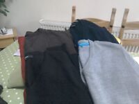 Men's v neck jumpers
