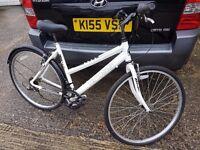 Cross hybrid bike