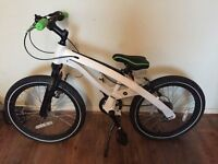 BMW Original Junior Cruise Bike Bicycle New (unboxed)