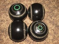 Lawn Bowls - Thomas Taylor - Lignoid - Size 5 - Set of 4 - Like New