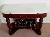 TABLE WITH MARBLE TOP