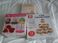 BOXED Giant Cupcake Mould & 3 Tier Cupcake Stand & Lakeland Flower Of Hearts Cutters NEW & UNUSED