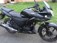 Honda cbf125 sports tourer learner bike