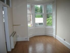 Dundee West End Studio Apartment Available