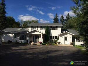 $879,000 - Acreage / Hobby Farm / Ranch in Strathcona County