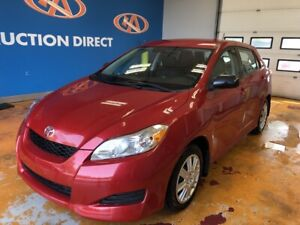 2014 Toyota Matrix LOW KM'S!/ AUTO/ AIR/ POWER GROUP!