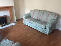2 Bedroom terraced house to let