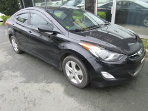 2013 Hyundai Elantra SPORTY 6-SPEED GLS W/ MOONROOF & ALLOYS