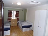SPECIOUS TWIN/DOUBLE ROOM AT GRANGE PARK Rd. ALL BILLS INCLUDED