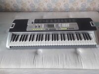 Casio LK200s keyboard has light up facility in great condition