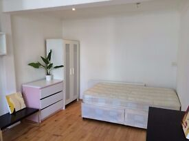 4 DOUBLE BEDROOM HOUSE IN CAMDEN NW5 - AVAILABLE TO RENT NOW