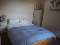 2 remaining furnished bedrooms in a 4 bedroom shared house with a garden, minutes from Cowley road