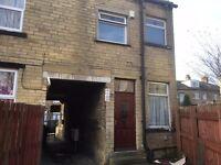 2 BEDROOM HOUSE TO RENT ON WEST PARK TERRACE BRADFORD 8 £90 per week