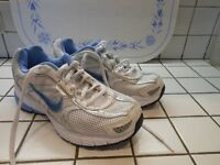 Nike full length air trainers . Size 3.