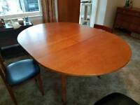 Retro extending dining table and 4 chairs