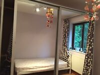 Double mirrored wardrobe with sliding doors vgc. Buyer to dismantle and collect