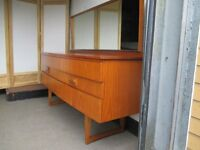 VINTAGE MID CENTURY TEAK SIX DRAWER DRESSING TABLE WITH MIRROR SIDEBOARD SQUARE LEGS FREE DELIVERY