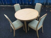 Solid Oak Table with chairs excellent condition can deliver