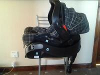 Graco car seat group 0+ with isofix base