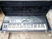 Synthesizer 85