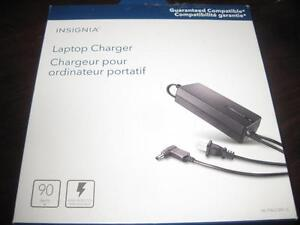 Insignia Universal 90W Laptop Charger / Power Adapter. 6 Tips. NEW