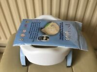 Travel potty, made by Potette Plus