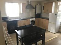 Well Presented 2 bed 2 bathroom flat to rent in Watford High Street