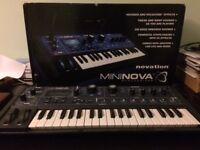 Novation MiniNova Analogue Modelling Compact 37 Mini-key Synth with Vocoder