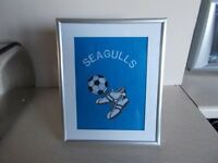 Machine embroidered supporters picture