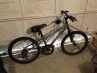 Boys Bike aged approx 7-8