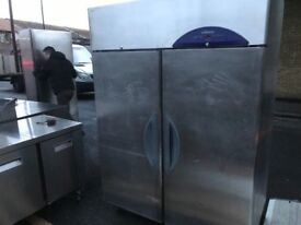 CATERING COMMERCIAL WILLIAMS DOUBLE DOOR FREEZER CUISINE CAFE SHOP PIZZA COMMERCIAL CAFE KITCHEN BBQ