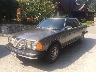 1985 Mercedes-Benz 300-Series  1985 Mercedes 300CD Turbo