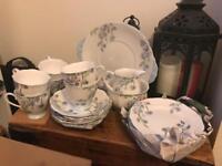 Royal standard bone China 6 cup and saucer set (vintage)
