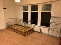 Large Double Room to Rent in Shared House on Lambton Road, SW20